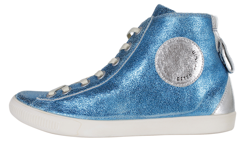 Sneaker in Metallic-Optik von Schmid Manufaktur, erhältlich über www.REYERlooks.com_für ca. 189 Euro