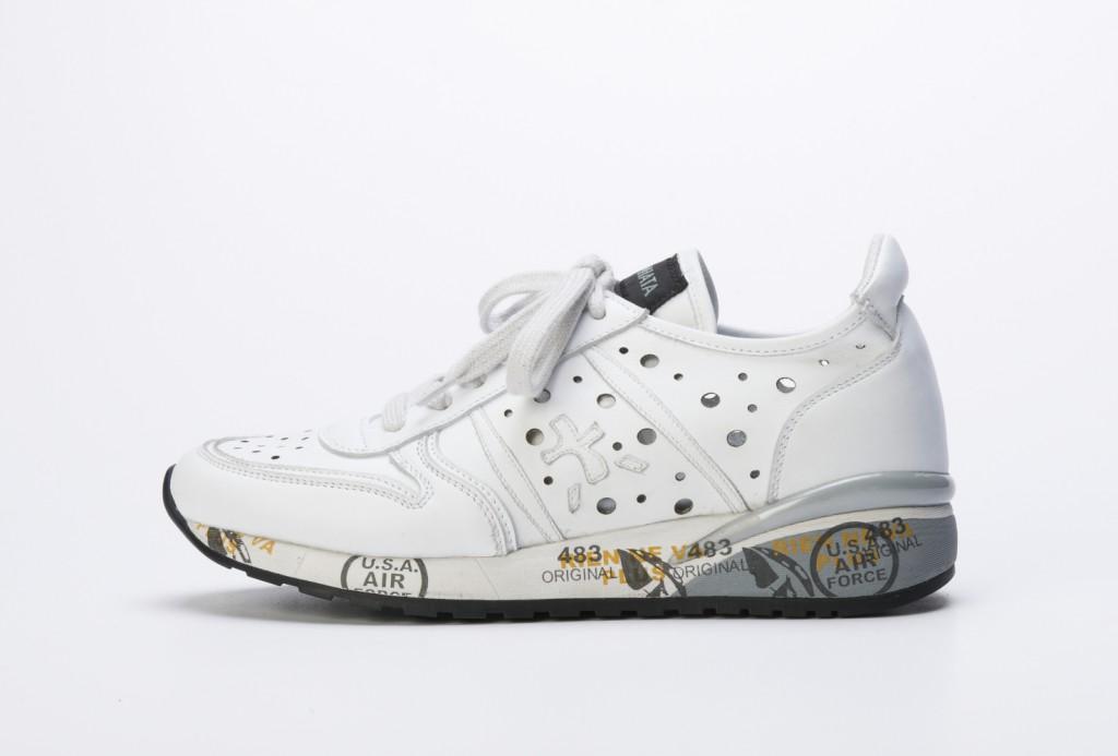 Sneaker in klassischem Weiß von PREMIATA, erhältlich für ca. 195 Euro, mehr Infos über  www.premiatagroup.it